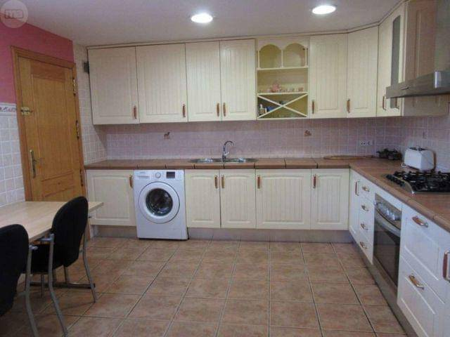 Casa en alquiler en San Vicente del Raspeig/sant Vicent del Raspeig, Alicante, Calle Ciruelo, 1.500 €, 6 habitaciones, 2 baños, 400 m2