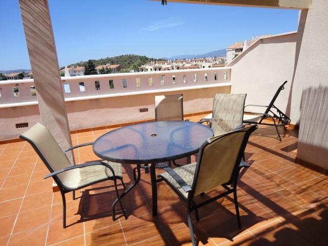 Piso en venta en Fuengirola, Málaga, Avenida los Pacos, 299.000 €, 3 habitaciones, 2 baños, 80 m2
