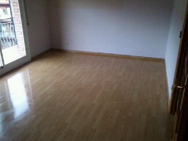 Piso en venta en Viladecans, Barcelona, Calle Salvador Barone, 202.000 €, 3 habitaciones, 2 baños, 83 m2