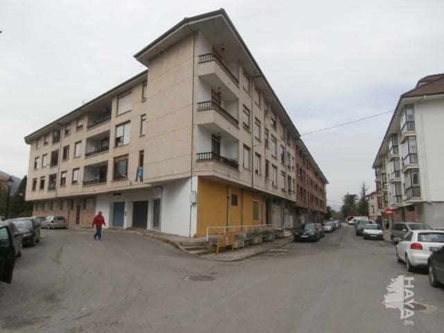 Piso en venta en Santa María de Cayón, Cantabria, Avenida Manzanares, 111.300 €, 4 habitaciones, 2 baños, 103 m2