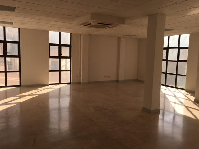 Oficina en venta en Fuenlabrada, Madrid, Calle Valparaiso, 84.000 €, 61 m2