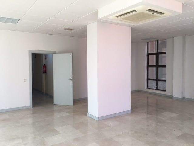 Oficina en venta en Fuenlabrada, Madrid, Calle Valparaiso, 86.000 €, 63 m2