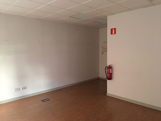 Oficina en venta en Fuenlabrada, Madrid, Calle Valparaiso, 83.000 €, 60 m2
