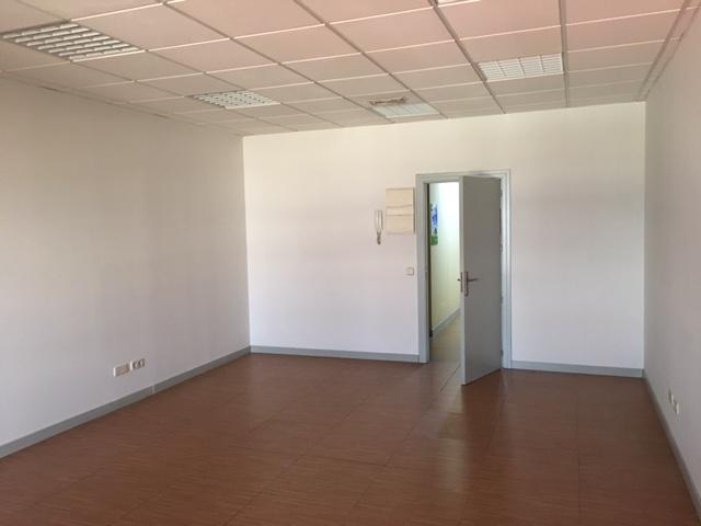 Oficina en venta en Fuenlabrada, Madrid, Calle Valparaiso, 65.000 €, 45 m2