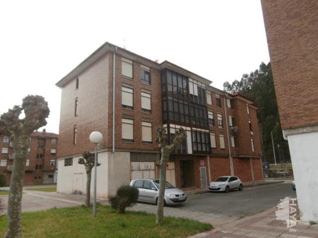 Piso en venta en Cabezón de la Sal, Cantabria, Calle la Brañona, 106.813 €, 3 habitaciones, 2 baños, 116 m2