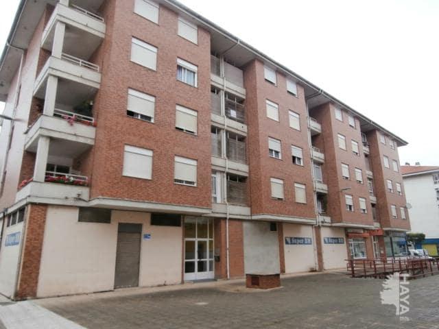Piso en venta en Los Corrales de Buelna, Cantabria, Calle Aragon, 72.396 €, 2 habitaciones, 1 baño, 80 m2