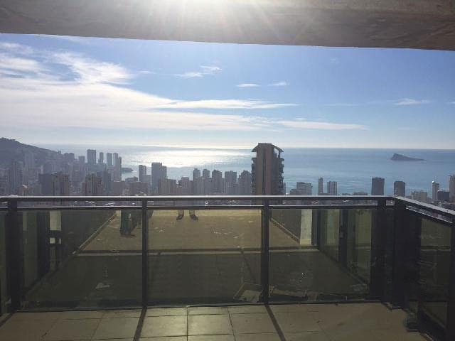 Piso en venta en Piso en Benidorm, Alicante, 163.100 €, 2 habitaciones, 1 baño, 83 m2