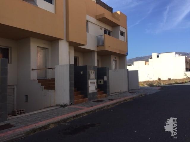 Casa en venta en Ingenio, Las Palmas, Calle Madre Teresa de Calcuta, 94.000 €, 3 habitaciones, 1 baño, 110 m2