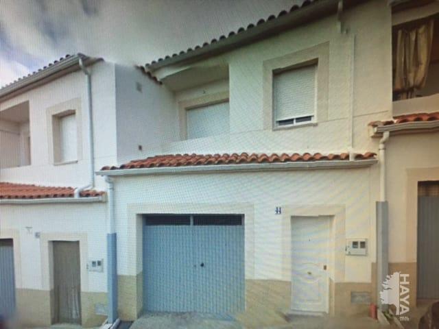Casa en venta en Portaje, Cáceres, Calle Cruces, 90.700 €, 4 habitaciones, 2 baños, 141 m2