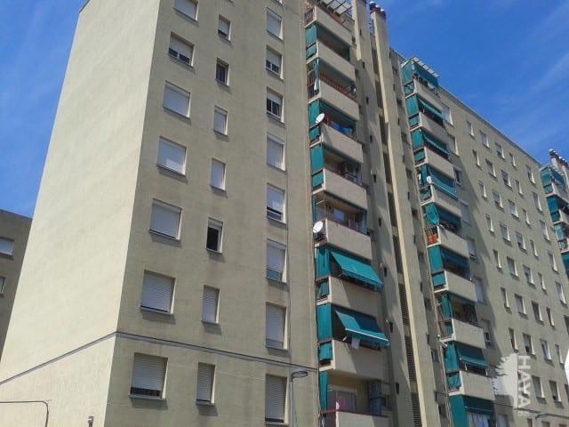 Piso en venta en Sabadell, Barcelona, Calle Torners, 65.599 €, 3 habitaciones, 1 baño, 82 m2