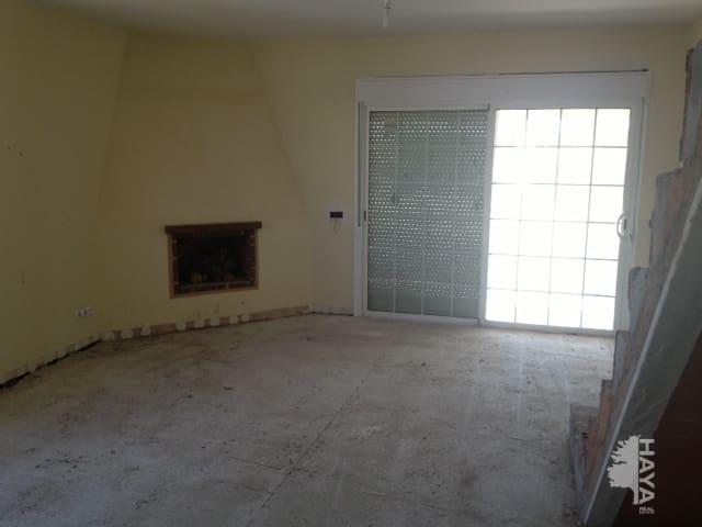 Casa en venta en Zarzuela del Monte, Segovia, Avenida Acacias, 95.093 €, 3 habitaciones, 4 baños, 255 m2
