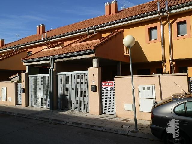 Casa en venta en Pioz, Guadalajara, Calle Pablo Picaso, 125.788 €, 3 habitaciones, 1 baño, 142 m2