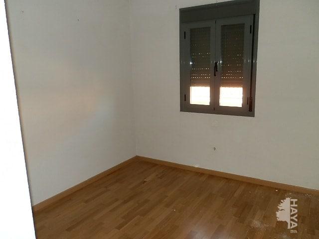 Casa en venta en Pioz, Guadalajara, Calle Soralla, 90.000 €, 4 habitaciones, 2 baños, 171 m2