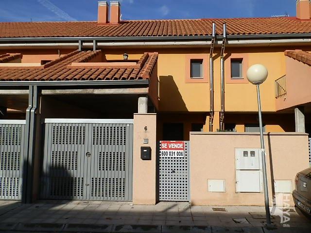 Casa en venta en Pioz, Guadalajara, Calle Pablo Picasso, 94.000 €, 4 habitaciones, 2 baños, 171 m2
