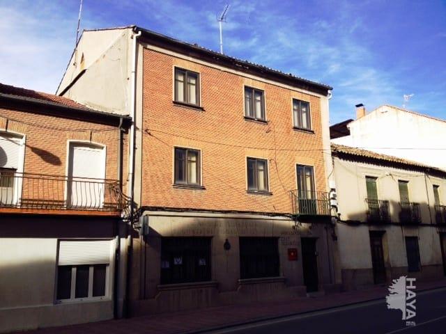 Piso en venta en Nava de la Asunción, Segovia, Calle Fray Sebastian, 81.750 €, 3 habitaciones, 1 baño, 119 m2