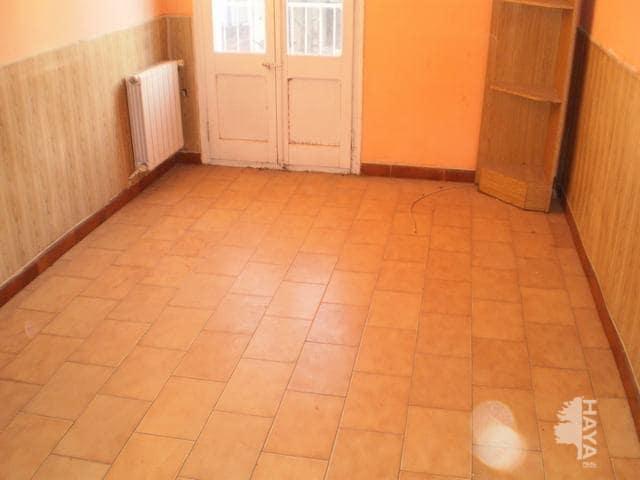 Piso en venta en Piso en Lleida, Lleida, 70.000 €, 4 habitaciones, 1 baño, 109 m2