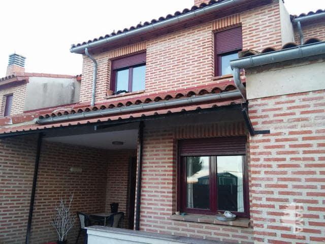Piso en venta en Roda de Eresma, Segovia, Calle Huertos, 105.652 €, 4 habitaciones, 2 baños, 156 m2