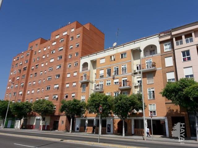 Piso en venta en Castellón de la Plana/castelló de la Plana, Castellón, Calle Casalduch, 90.533 €, 3 habitaciones, 1 baño, 105 m2