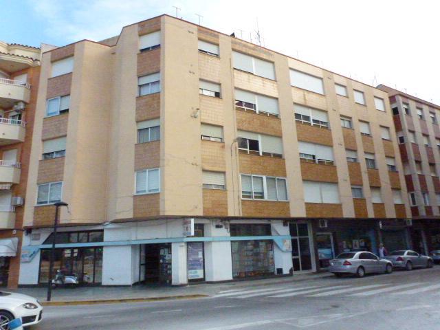 Piso en venta en Benicarló, Castellón, Calle Dr Ferran, 49.900 €, 4 habitaciones, 2 baños, 110 m2