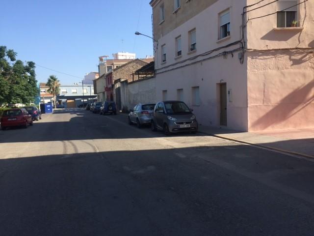 Piso en venta en Benaguasil, Valencia, Calle la Bascula, 18.000 €, 2 habitaciones, 1 baño, 61 m2