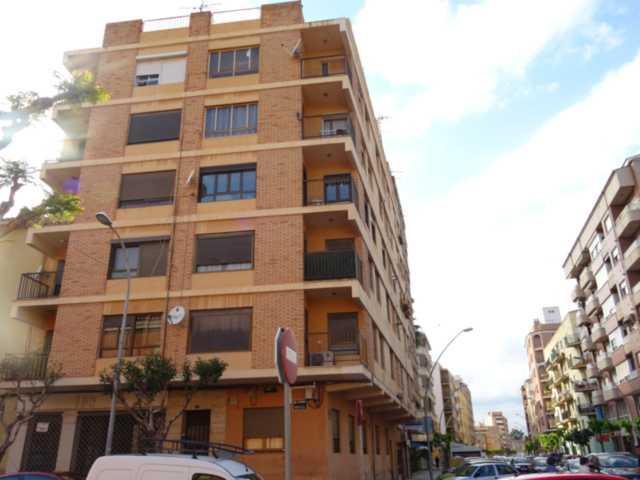Piso en venta en Vila-real, Castellón, Calle Hospital, 19.500 €, 3 habitaciones, 1 baño, 97 m2