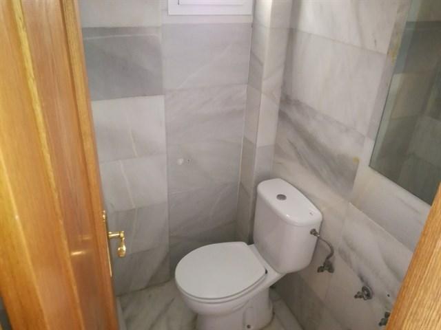 Casa en venta en Talavera de la Reina, Toledo, Calle Gregorio de los Rios, 156.000 €, 3 habitaciones, 3 baños, 221 m2