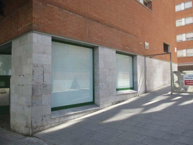 Local en venta en Manresa, Barcelona, Calle Francesc Moragas, 164.760 €, 137 m2