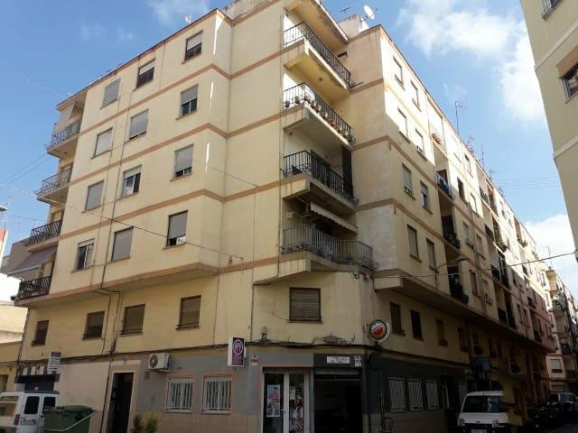 Piso en venta en Grupo la Paz, Castellón de la Plana/castelló de la Plana, Castellón, Calle Barrachina, 34.929 €, 3 habitaciones, 1 baño, 98 m2
