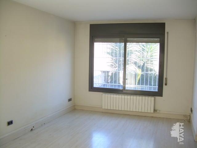 Casa en venta en Sabadell, Barcelona, Calle Cesar Torras, 181.925 €, 2 habitaciones, 1 baño, 94 m2