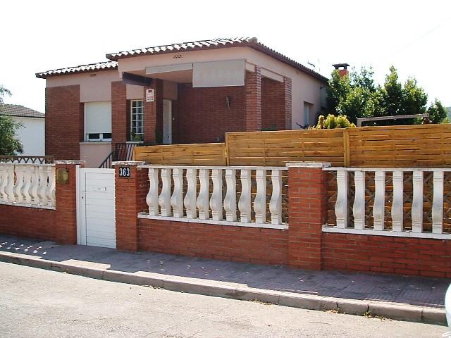 Casa en venta en Piera, Barcelona, Avenida Avd. Tarradellas, 160.000 €, 2 habitaciones, 1 baño, 187 m2