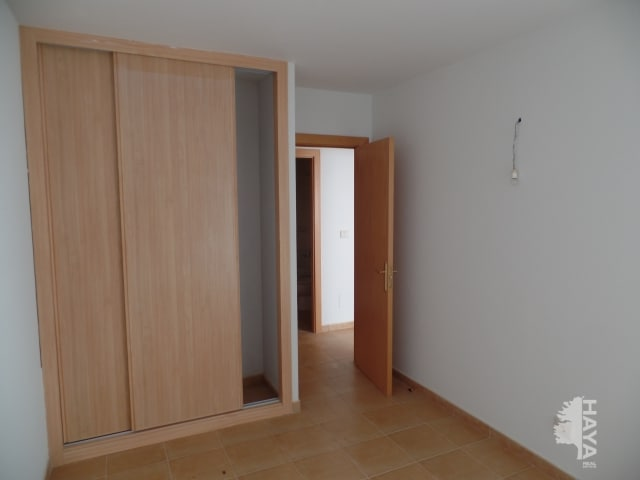 Piso en venta en Piso en Puerto del Rosario, Las Palmas, 110.700 €, 3 habitaciones, 2 baños, 85 m2, Garaje