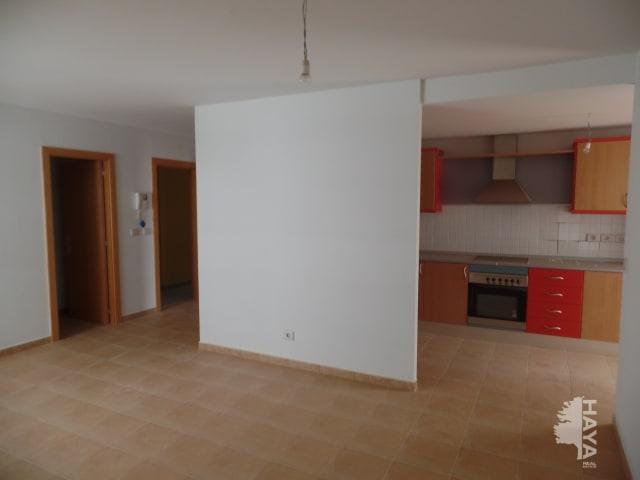 Piso en venta en Piso en Puerto del Rosario, Las Palmas, 107.400 €, 3 habitaciones, 2 baños, 92 m2, Garaje