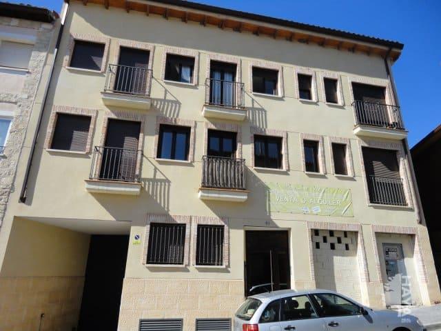 Piso en venta en Horche, Guadalajara, Calle Vallejo, 84.000 €, 2 habitaciones, 1 baño, 95 m2