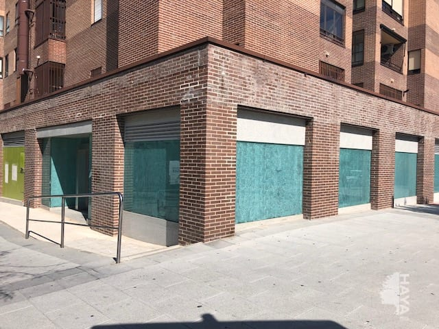 Local en venta en Tres Cantos, Madrid, Plaza Sector Escultores, 609.090 €, 322 m2