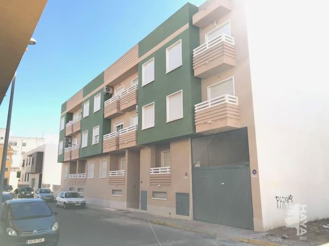 Piso en venta en Piso en Catral, Alicante, 57.536 €, 2 habitaciones, 1 baño, 76 m2, Garaje