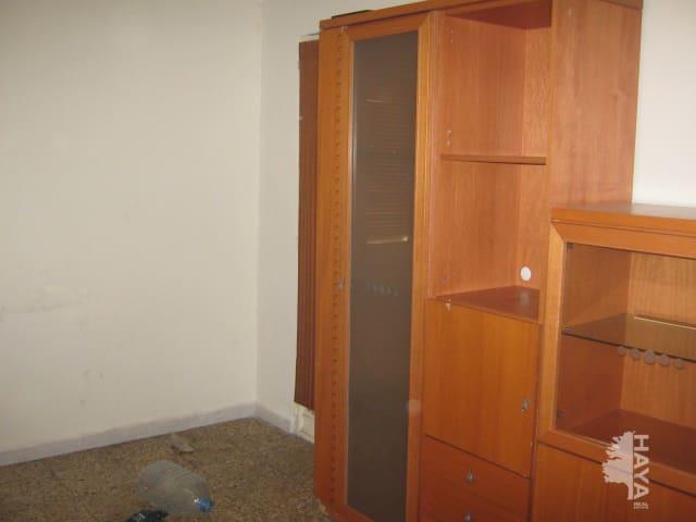 Piso en venta en Zona Alta, Tarragona, Tarragona, Calle Riu Llobregat, 65.087 €, 3 habitaciones, 1 baño, 74 m2