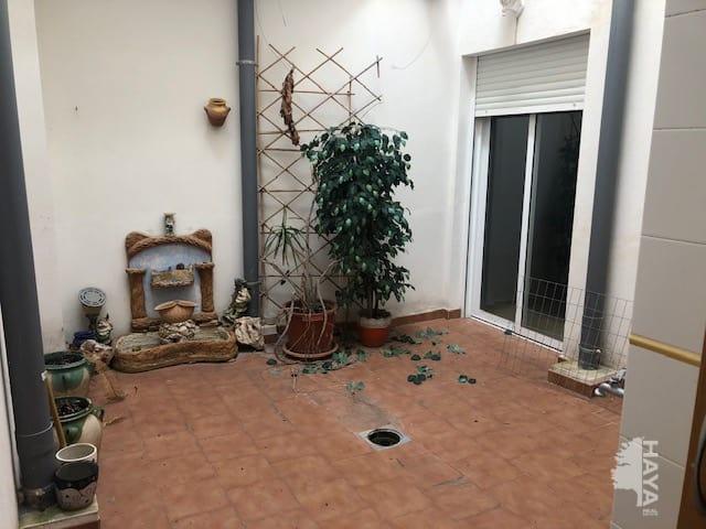 Piso en venta en Piso en Jacarilla, Alicante, 92.000 €, 2 habitaciones, 2 baños, 116 m2