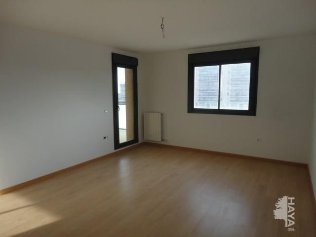Piso en venta en Arcosur, Zaragoza, Zaragoza, Calle Catedral de San Salvador, 119.000 €, 3 habitaciones, 2 baños, 128 m2
