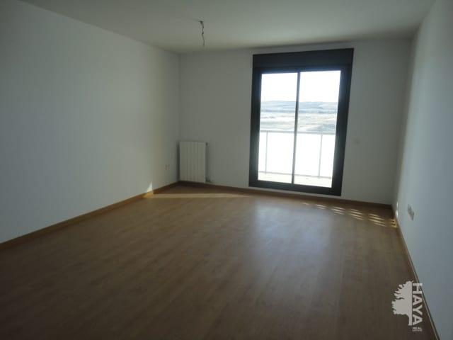 Piso en venta en Arcosur, Zaragoza, Zaragoza, Avenida Cañones de Zaragoza, 119.000 €, 3 habitaciones, 2 baños, 122 m2