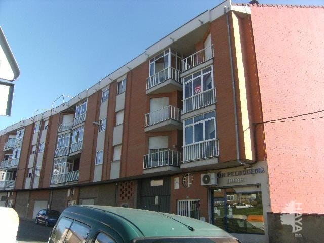 Piso en venta en Navatejera, Villaquilambre, León, Calle Sierra, 133.990 €, 3 habitaciones, 1 baño, 109 m2