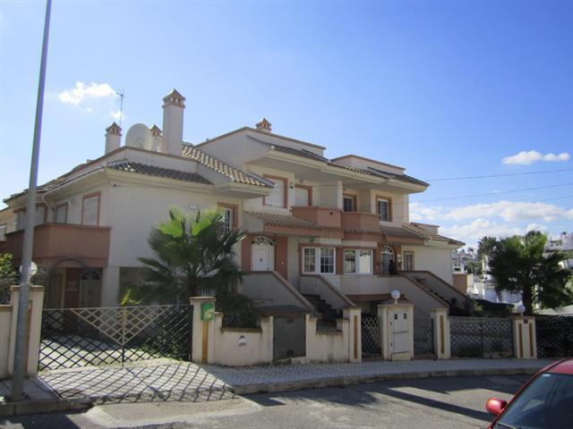 Casa en venta en Orihuela Costa, Orihuela, Alicante, Calle Isaac Albeniz, 156.000 €, 3 habitaciones, 1 baño, 94 m2