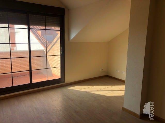 Piso en venta en Pradillos, Yeles, Toledo, Calle Castro Carpetano, 68.000 €, 2 habitaciones, 1 baño, 54 m2