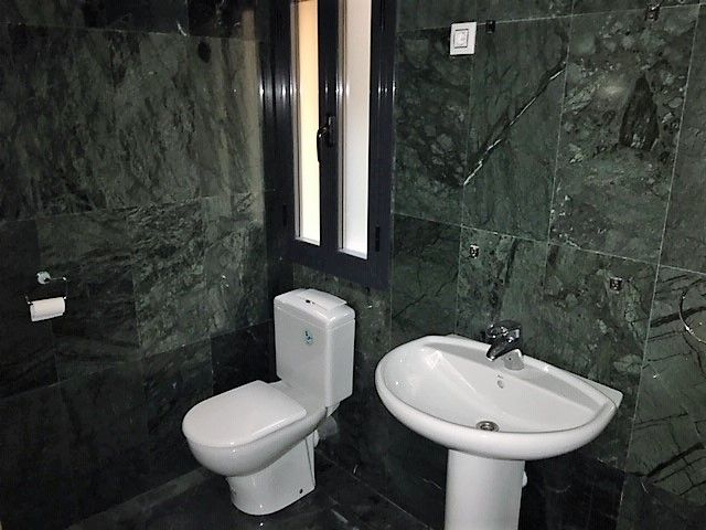 Local en venta en El Garzo, la Rozas de Madrid, Madrid, Calle Perú, 102.000 €, 68,28 m2