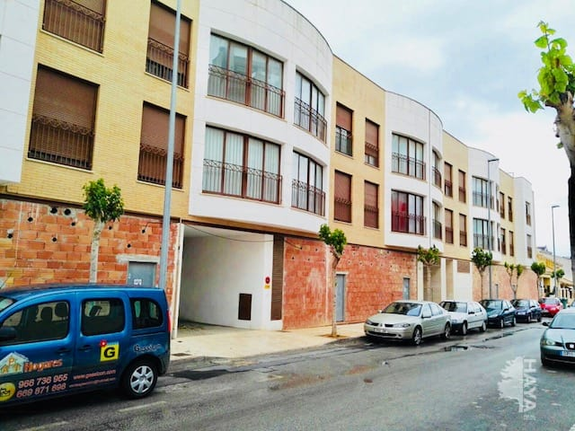Piso en venta en Las Esperanzas, Pilar de la Horadada, Alicante, Calle Concejal Emilio Tarraga, 107.000 €, 3 habitaciones, 1 baño, 92 m2