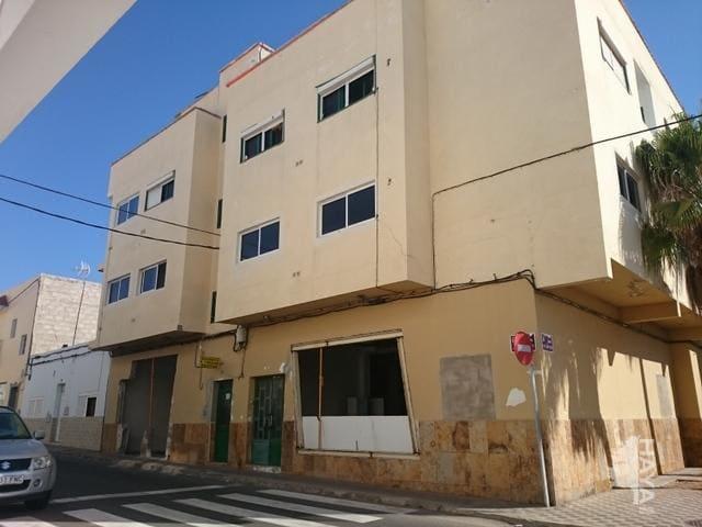 Piso en venta en El Charco, Puerto del Rosario, Las Palmas, Calle Juan Xxiii, 299.000 €, 1 baño, 730 m2