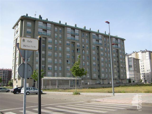 Piso en venta en Flores del Sil, Ponferrada, León, Calle Manuel Fraga, 144.165 €, 3 habitaciones, 2 baños, 118 m2