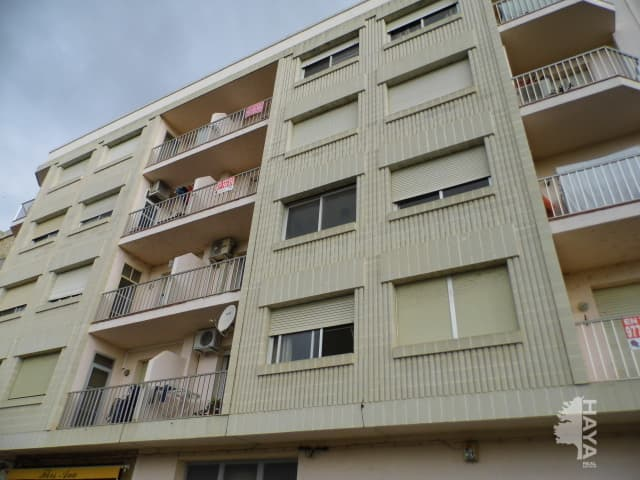 Piso en venta en Piso en Amposta, Tarragona, 54.000 €, 1 baño, 113 m2