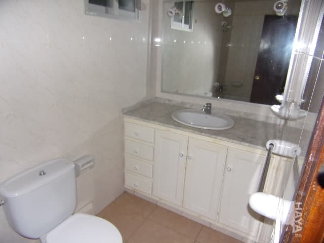 Piso en venta en Piso en Benicarló, Castellón, 71.000 €, 3 habitaciones, 1 baño, 81 m2
