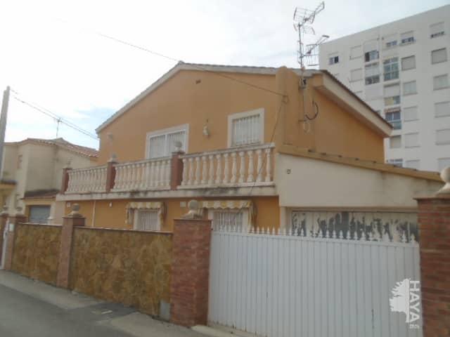 Casa en venta en Vinaròs, Castellón, Calle Salinas, 168.445 €, 3 habitaciones, 1 baño, 127 m2