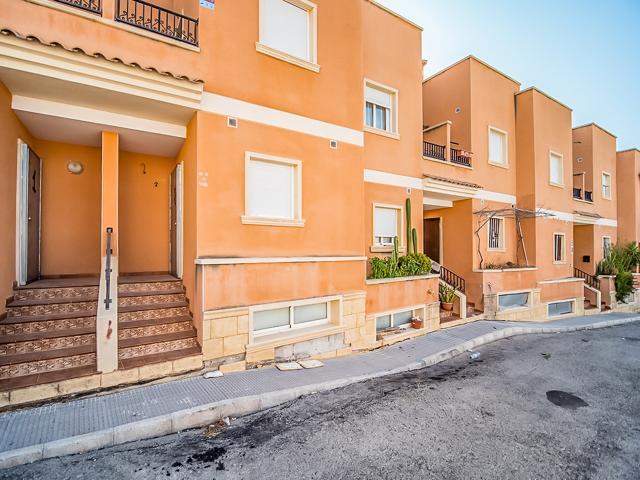 Casa en venta en Orihuela, Alicante, Calle Venecia, 77.000 €, 3 habitaciones, 2 baños, 113 m2